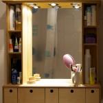 Spiegelschrank mit Schubladen fürs Bad