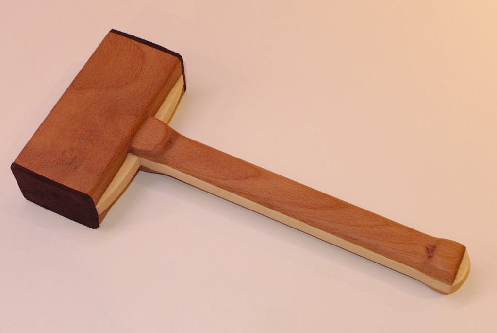 Rückschlagfreier Schonhammer