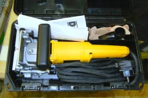 In der Werkzeugkiste der DW682K geht es extrem eng zu